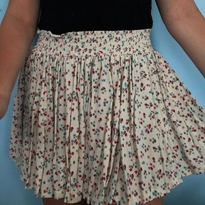 Flowy Flower Print Mini Skirt